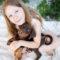 Hund und Kind beim Welpenfotoshooting